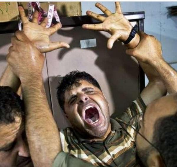 RT @salamhussein1: he lost his 3 kids today in #gaza by isreal air strike #GazaUnderAttack http://t.co/m2sj7SgAkw