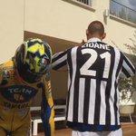 RT @telefoot_TF1: Materazzi relève le #IceBucketChallenge et nomine Zidane ! ► http://t.co/uVLCsbAjyJ http://t.co/ZaYyXUxBT9