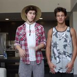 I LOVE THAT HAT @Nashgrier haha ! THE NEW VIDEO IS AWESOME! #NashsNewVideo Thank for making me laugh :) http://t.co/V4b9DGbPSm x10