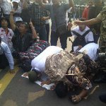 RT @detikcom: Tertipu Isu Menang di MK, Massa Prabowo Sujud Syukur http://t.co/H51LavTthQ #MostPopular http://t.co/AfJ4YBzTYO
