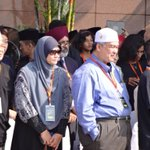 RT @HilalAzmi: Saat jet khas tiba... #MengenangMH17 #MalaysiaBerkabung @501awani http://t.co/HFRpElXoxT