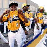 #JackieRobinsonWest grabs the 6-5 win over @taneybaseball and will move on to the US Championship game. #LLWS http://t.co/f8dtbnUvUs
