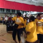 RT @DanaCBS2: #JRW does it!!!!!! @cbschicago http://t.co/ph4FM8nePx