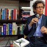 AHORA: Antonio Quiñones Calderón presenta su libro Corrupción e Impunidad en PR | @ElCandil_Ponce | Vía @Reimillan http://t.co/DRzmffQgLw