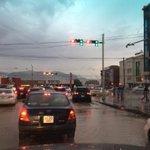 Өглөөний мэнд, ечигдерийн бороонд контакт vvсээд гэрлэн дохионууд солиорч бна. Яв, зогс http://t.co/uJMVBJdpWG