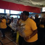 RT @DanaCBS2: #JRW ties and then takes the lead. Crowd at Kroc Center goin nuts! @cbschicago @JimWilliamsCBS2 http://t.co/hfY2LxDCuM