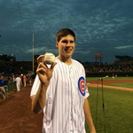 RT @SportsCenter: Dougie 1st pitch! Bulls F Doug McDermott throws out the first pitch at Wrigley Field tonight. (via @Cubs) http://t.co/Bt9Dm1xz24