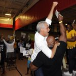 RT @ChicagosMayor: #JRW victory hug! Stay tuned for more information on Saturdays viewing party. #Go42 http://t.co/nYhCTkTyp8