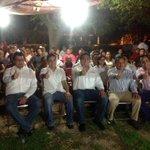 El líder de la #CNOP @ManuelMedinaMx felicito a @juliorivera86 por el compromiso adquirido con el @IcadepMerida. http://t.co/eHXQ0jFhbG