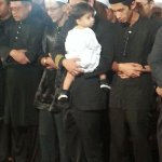 RT @NST_Online: #MH17: Ahmad Hakimi Hanapis 8-month-old son is being carried by a fellow pilot during the solat jenazah  http://t.co/rCBiOHXosu