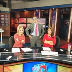 Its girls day on the desk of @kark4news.... and @GregDeeWeather. Fun working with @MalloryHBrooks @_ShannonMiller http://t.co/ryAgOqw51J
