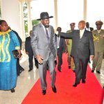 RT @lindahNabusayi: #BilateralDiscussions President Museveni has hosted President Kiir at SHE. Consultative meeting was closed @RayTiina http://t.co/gxQjQAAm3a