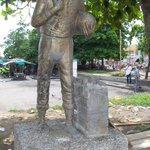 RT @RazonCaribe: Este Monumento del Campesino estaba en el Mercado Central #Monteria http://t.co/ZaDZ8KRxcI