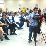 Transmisión en vivo por los medios de comunicación local de la rendición de cuentas del alcalde Jorge Domínguez. http://t.co/hhai2Jb5yB