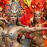 RT @LBC: The Notting Hill Carnival is the BEST day ever http://t.co/3oGVC4m6Be http://t.co/aiNGDhUs1W