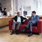 Bei der Aufzeichnung des HR-Sommerinterviews im Heimathafen Wiesbaden. Sendetermin: Sonntag, 10.15 Uhr http://t.co/JpukNkDcEE