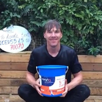 RT @RadioTimes: Brief Doctor Who interlude for that Cumberbatch ice bucket challenge video http://t.co/EIGOC70c0b #IceBucketChallenge http://t.co/bajSh9LUdV