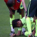 """""""@ecuavisa: Neymar quedaría fuera del primer juego de Liga por lesión http://t.co/DpbVD1mtRD http://t.co/LrwEkGGYM4"""" ????????????????"""