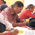 Unesco entregó reconocimiento a #Ecuador por su programa de alfabetización @RicardoPatinoEC http://t.co/ZV9T7ogfwV http://t.co/h3bCeNqrj3