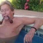 RT @kazanhans: Weer geheime foto van afterparty Dave Roelvink uitgelekt! http://t.co/gYCORFU6uu