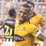 "RT @DiarioExtraEc: ¡""Zorrazo"" cerró la goleada torera! @BarcelonaSCweb venció 3-0 a @ClubALoficial http://t.co/4jPIM92JS5 http://t.co/lLcz7ftYXU"