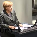Ангела Меркель обеспокоена проездом гуманитарного конвоя на Украину http://t.co/PP0qYV0Pso http://t.co/f3J2JXLHH2