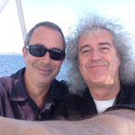 RT @DrBrianMay: A sunny memory of Perth - on a boat on the river with my great - and I mean great - pal Ben Elton. Bri http://t.co/Ft0qbwbVRI