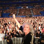 RT @PerthArena: The epic selfie from@DrBrianMay at @QueenWillRock @adamlambert last night #Perth #Selfie #Queen #PerthArena http://t.co/YmVfoIOOGw