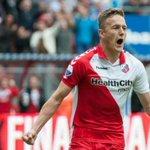 Toornstra vertrekt definitief naar Feyenoord. @jenstoornstra, bedankt voor de belangrijke momenten voor FC Utrecht! http://t.co/kPvY7w8458