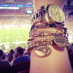 RT @alexandani: #charmedarms at the @Patriotss game! #gillette #MA @PatriotPlace #Foxboro http://t.co/TKQWYYH1mB