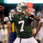 """""""@SportsCenter: Rex Ryan has confirmed that Geno Smith will start over Michael Vick in the Jets season opener. http://t.co/teIB8vYyea""""clown"""
