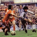 RT @footballmemorys: Peter Ward of Brighton out-pacing Blackpool defender Larry Milligan #bhafc #Brighton http://t.co/2pFuna1Qgy