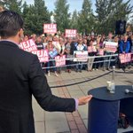 RT @fogelklou: I Ljusdal blev vi 2:e största parti i EU-valet. Märktes när @jimmieakesson kom på besök! Grymt mkt folk! #påriktigt http://t.co/pMLOafDElj