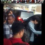 "RT @gyurorong: 규규""@SJ_Indo Kyuhyun entering the car at Soetta Airport #WelcomeToJakartaSJM http://t.co/163uYtnmxz v:Rya_usman"""