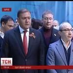RT @AlGapone777: Ссыкливый Кернес, запретил сдавать квартиры беженцам и переселенцам из Донбасса. Гавном был, гавном и останется http://t.co/JLFowuIc8q