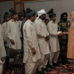 RT @DDNational: PM Shri @narendramodi meets youth of Gujjar-Bakkarwal communities from Jammu and Kashmir. http://t.co/9msEFrhumM