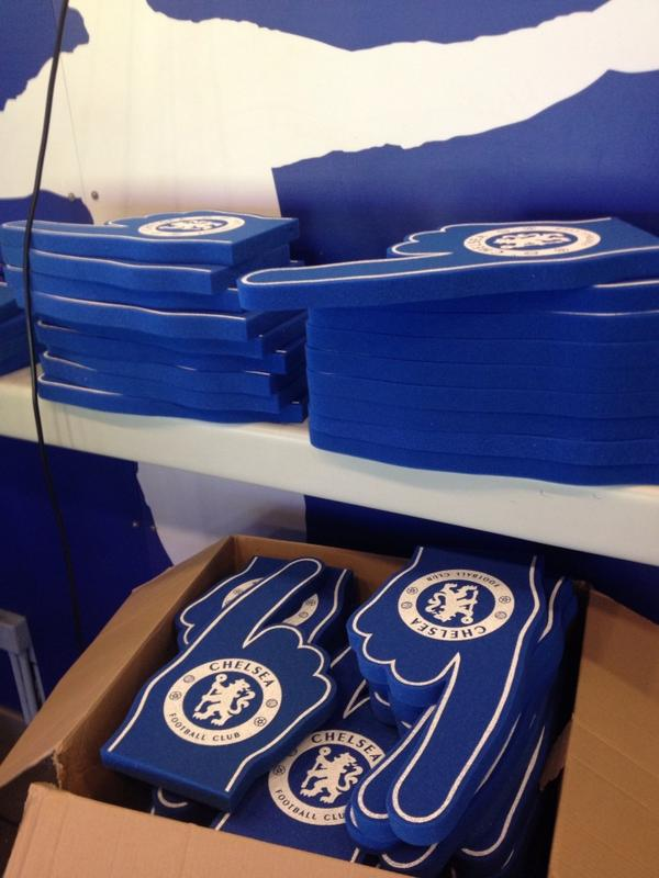 """A box of free foam Chelsea """"hands"""" await fans as they enter the stands. #cfc #lcfc http://t.co/V27VbZNU6a"""