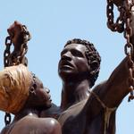 23 августа Международный день памяти жертв работорговли и её ликвидации (объявлен в резолюции 29 С/40 ЮНЕСКО). http://t.co/oMAMoFFbjk