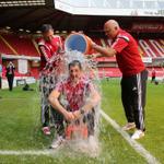 WATCH Sheffield Uniteds Chris Morgan takes ice bucket challenge @sheffieldstar http://t.co/v16Gm4qOBl #twitterblades http://t.co/tlJE4tPr3B