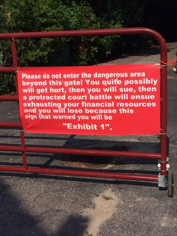 """""""@postsecret: Maybe we don't need expensive lawyers, just better signs. (pic) http://t.co/xKjR25Yjok"""" #lawyerhumour"""