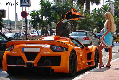 Carte virtuelle Gumpert Apollo http://t.co/EHc2rK6Am8 #CartePostale #Wallpaper http://t.co/pgvglC11TI