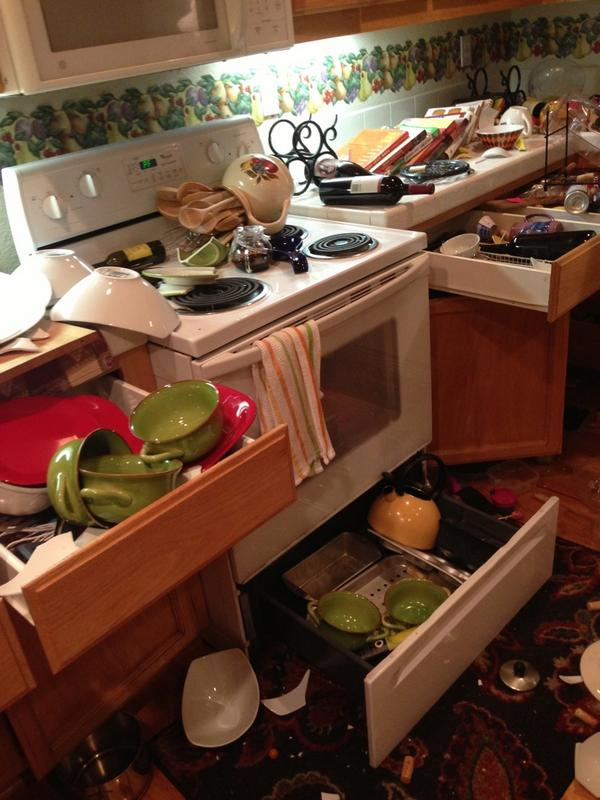 1st pics of #earthquake damage in Napa MT @acr What that looked/felt like for in laws in Napa. #earthquake http://t.co/PDoWfwHssx