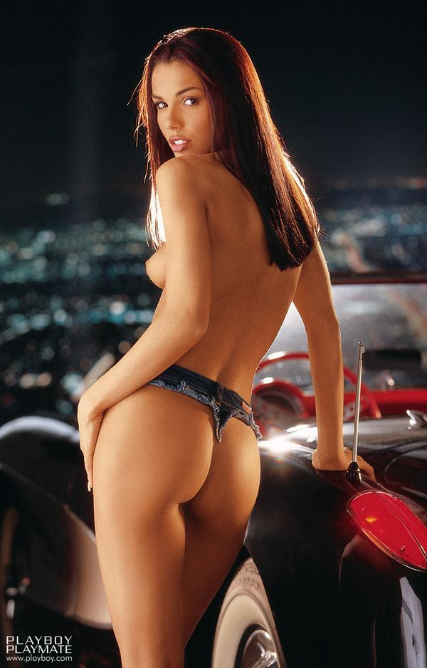 Carmella Decesare puts her hot naked body on show http://t.co/1AoSdB1mv1