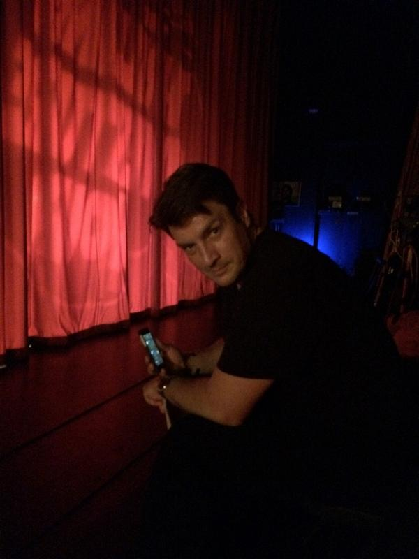 .@nathanfillion is ready for a photo to be taken AT ANY TIME. http://t.co/ZsPXrEQxpf