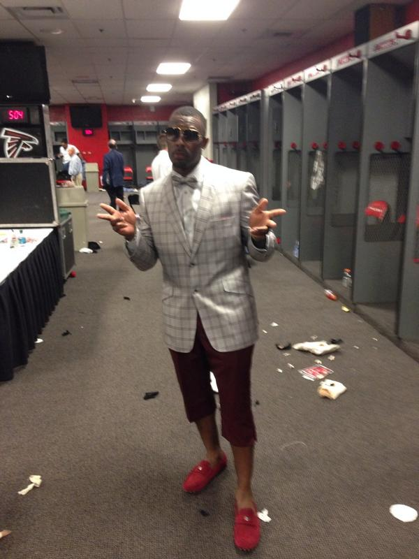 Falcons Pro Bowl safety William Moore following Sunday's 37-34 OT win over the Saints. http://t.co/1M1C5Uqaie