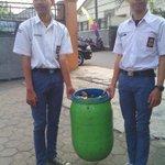 RT @GPSbdg: Siswa SMAN 18 Bandung nuju #GPS. Sumanget nyak! Cc: @ridwankamil @BDGcleanaction @bplh_kotabdg http://t.co/EE0BrebLnx (photo: @yenninur18)