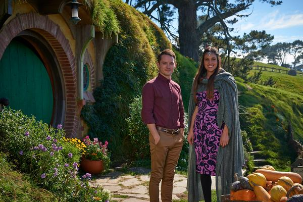 Last day of our Hobbit safety video shoot. Great to be back at Hobbiton where it all began with @woodelijah http://t.co/kyrvt3p4vU