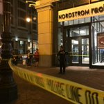 More on Market St. shooting: Suspect suffered life-threatening injuries, ran into mall. http://t.co/Xhw7VNsDh9 http://t.co/T0GsQRkrNM
