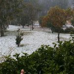More hail from Toowoomba 4350 #storms http://t.co/FxR4tFLfpZ
