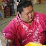 <力士健康診断~血圧編~>放心状態の千代丸。#sumo http://t.co/jSDlyls0Cy